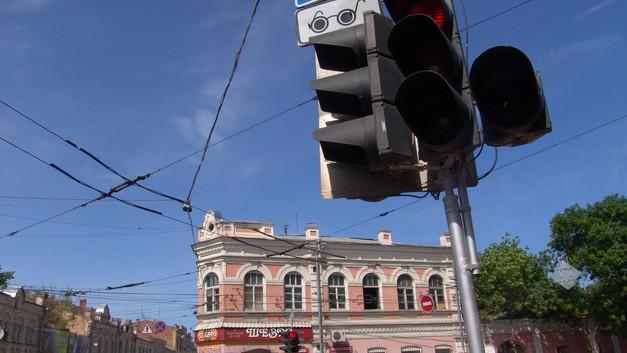 В «Ростехе» рассказали, когда в России появятся светофоры будущего