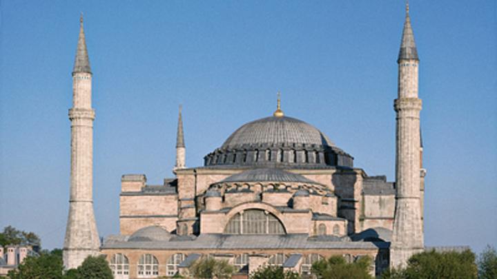 Айя-София превратится в мечеть, но проблемы Турции не исчезнут: Эксперты оценили манёвры Эрдогана