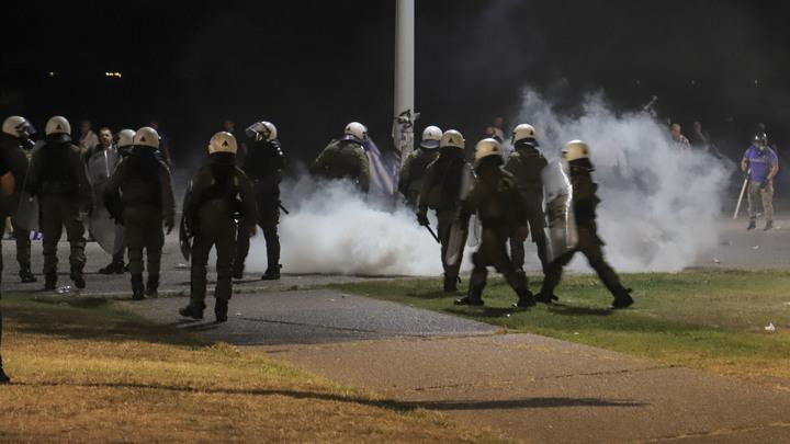Увлеклись протестами: После митингов США оказались на краю коронавирусной пропасти