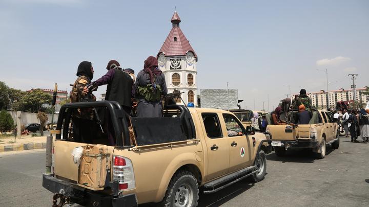 Мы знаем их номера телефонов: Американские дипломаты уничтожили паспорта афганцев