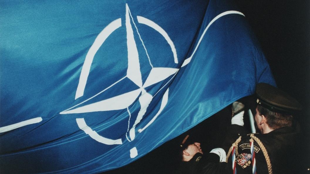 НАТО вибрирует - с Северной Кореей воюйте без нас