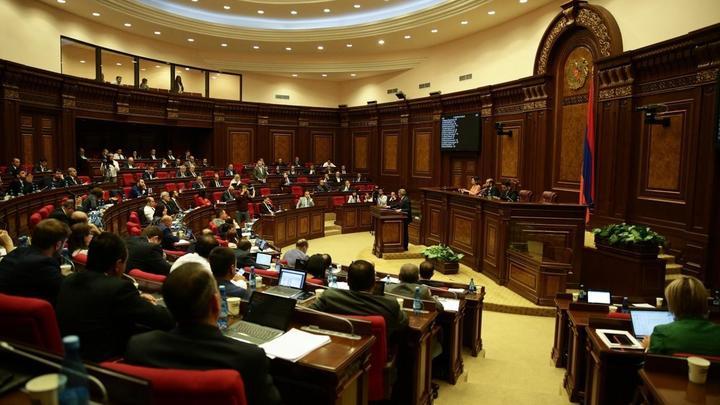 Светлая Армения допустила участие в выборах при премьере Пашиняне