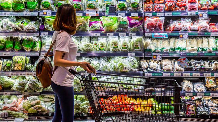 Салатная зелень из магазина: Почему травятся любители полезной еды?