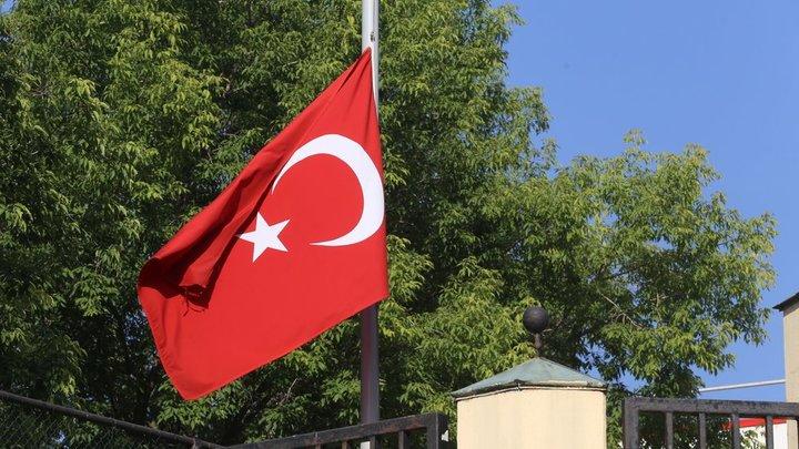Пусть турки уходят: Багдасаров призвал действовать более решительно