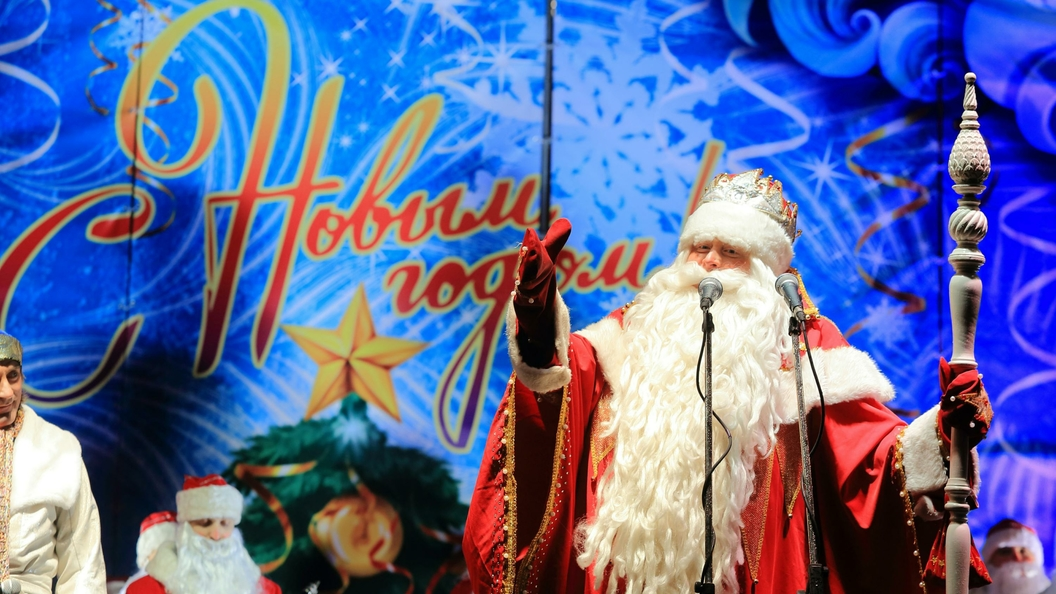 В Сибири появился Дед Мороз на водных лыжах