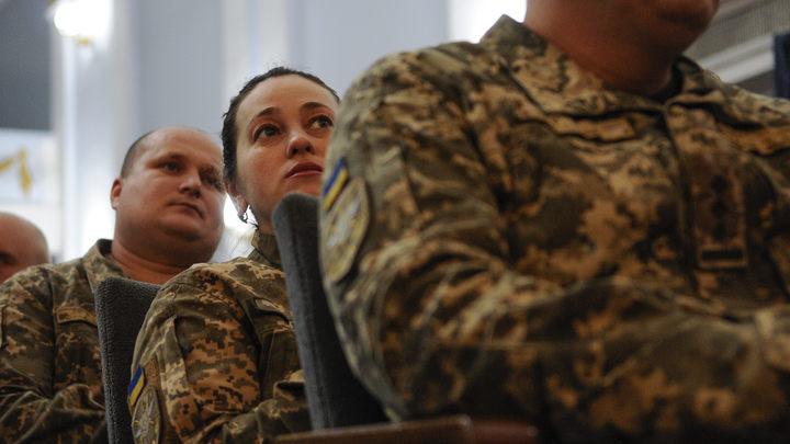 Украинские военные высмеяли планы Порошенко вступить в НАТО - видео