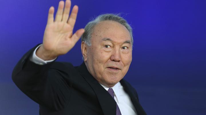 Нурсултан меняет профессию: Соцсети глумятся над новостями из Казахстана