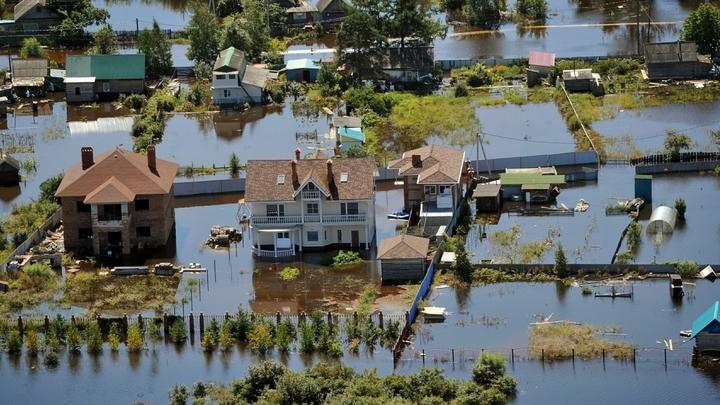 Пробка из домов: В Иркутской области люди ищут свои дома среди сотен унесенных водой