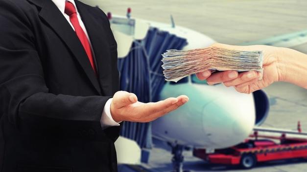 Рост НДС увеличит цены на авиаперевозки в России на 10%