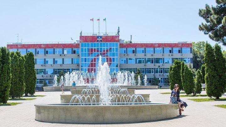 Почти 14 млн рублей на пиар: мэрия Анапы опубликовала ближайшие растраты