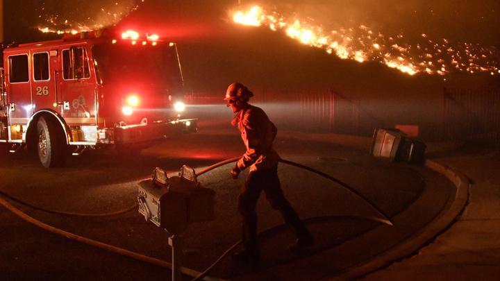 Вспыхнули три жилых дома и машина: на Кубани за ночь потушили 4 пожара