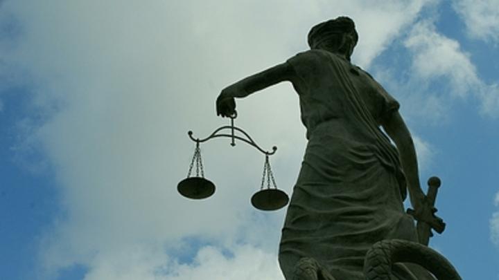 Родственники сестер Хачатурян устроили драку в суде