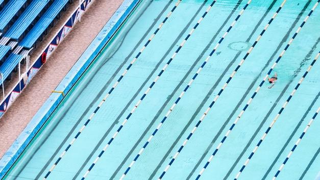 Несовершеннолетний пловец скончался во время старта в Калужской области