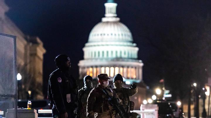 Трамп перед инаугурацией Байдена соберёт военных - СМИ