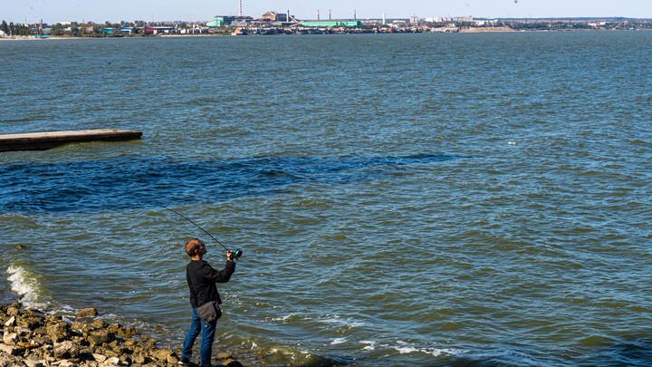 Путин, прекрати!: Ветер сдул российское Азовское море на Украину