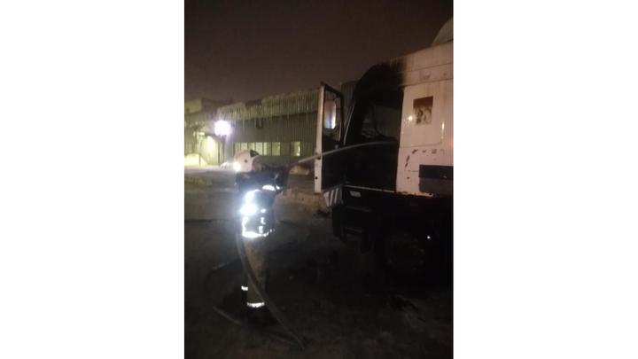 Водитель грузовика в Гусь-Хрустальном сгорел в кабине своего автомобиля