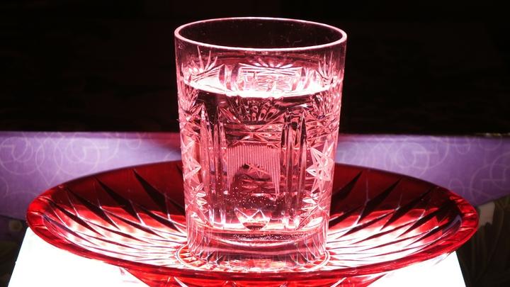 Меньше водки - больше правил: Злой напиток законодательно заставят изменить состав - СМИ