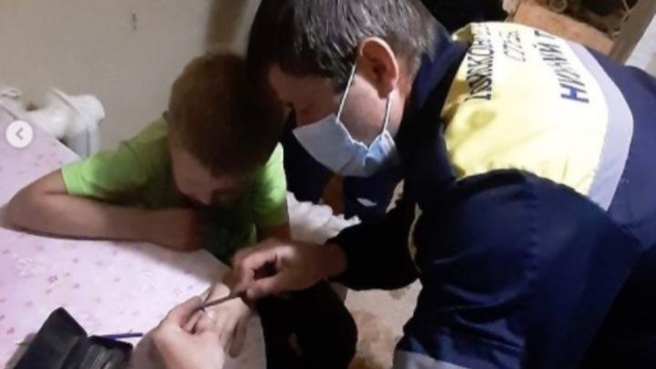 На Урале спасателей вызвали к ребенку из-за ЧП с кольцом