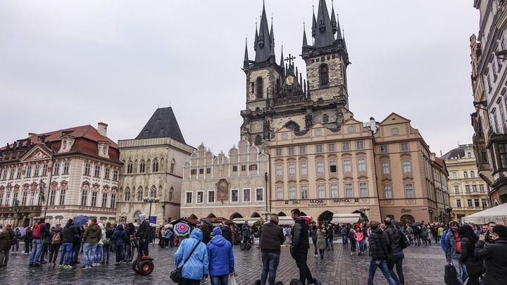 Жители Праги отвергли идеи властей отредактировать монумент маршалу Коневу
