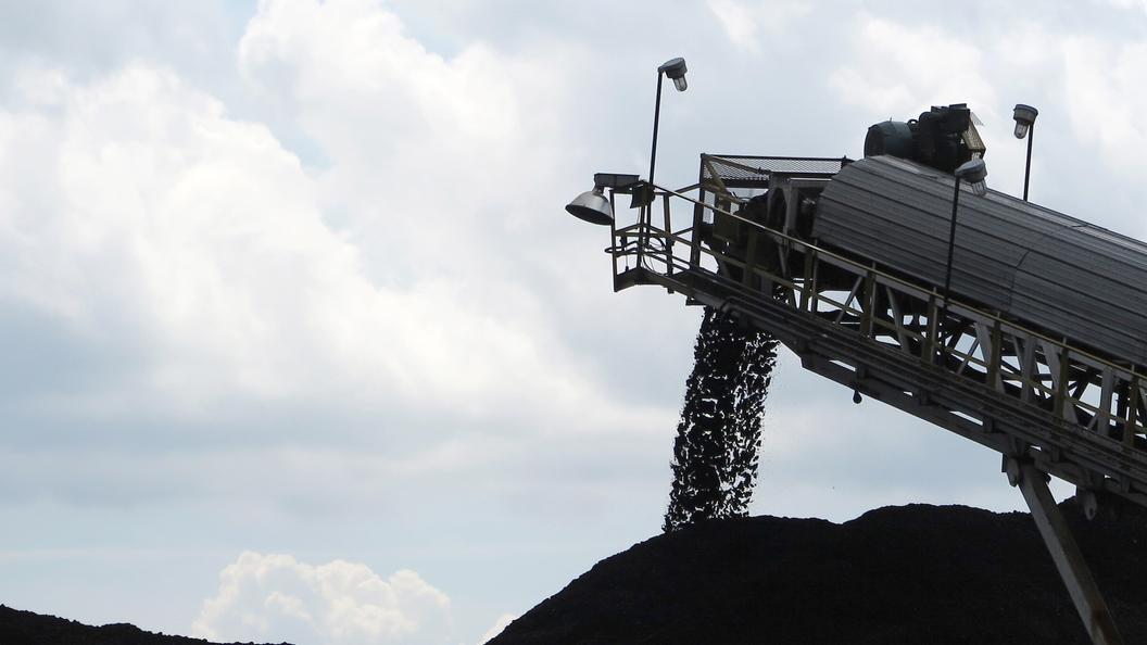 Депутаты Украины взбунтовались против закупки в США золотого угля