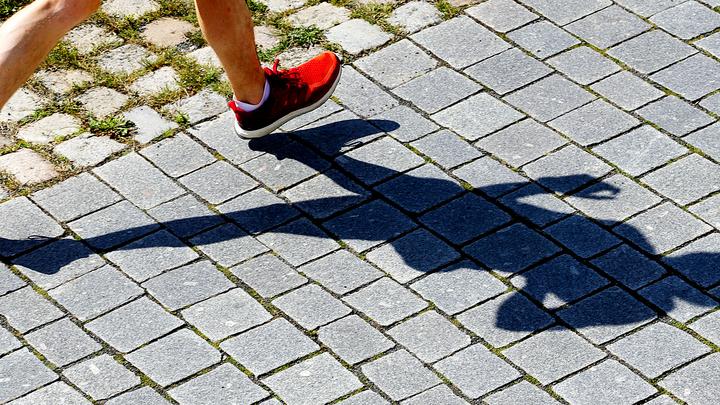 Ученые предупредили, что пешие прогулки в мегаполисах могут убивать