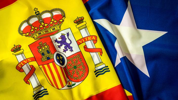 Партия Вместе за Каталонию заочно лидирует на досрочных выборах