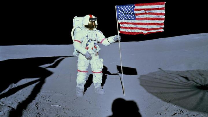 Космическое хамство. США произвели самозахват Луны