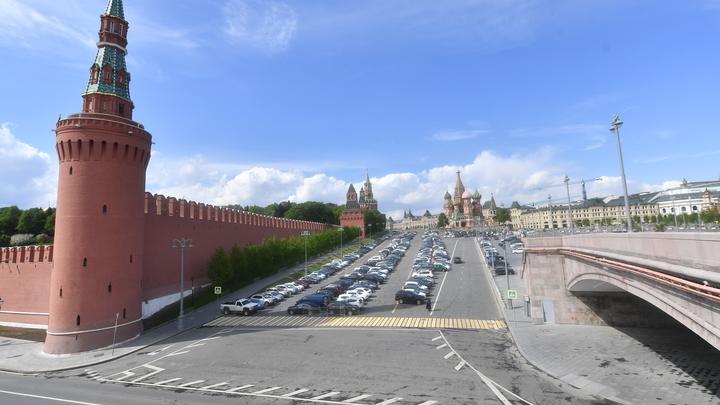 Bloomberg пугает Москву драматическим падением доходов и нефтяным кризисом