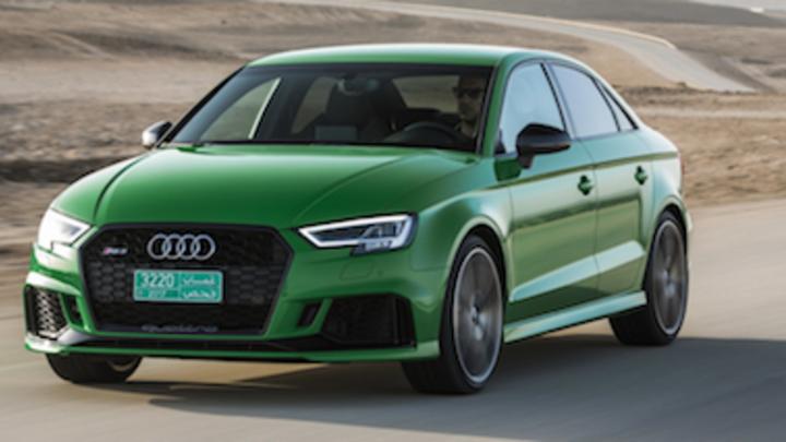В интернете опубликованы фото заряженного Audi RS3 Sedan
