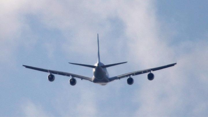Была угроза самолёту и пассажирам: Российский авиалайнер подал сигнал тревоги за 10 мин до посадки