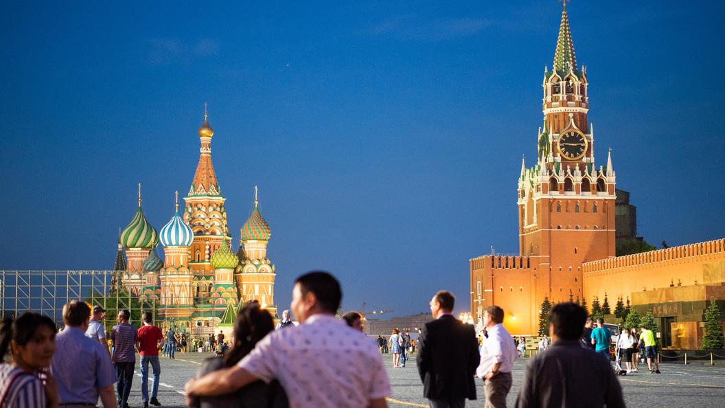 Душевные, но не без недостатков: Какими видят себя граждане России - опрос ВЦИОМ