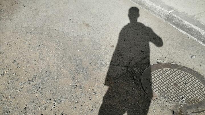 В Кургане хулиган порезал лицо прохожему за отказ дать закурить
