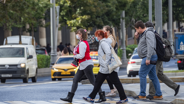 Частники, бюджетники, автомобилисты и многие другие: Чья жизнь изменится с 1 октября?