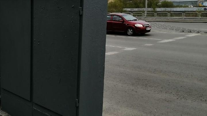 На крупном перекрестке в центре Челябинска закроют движение для машин и трамваев