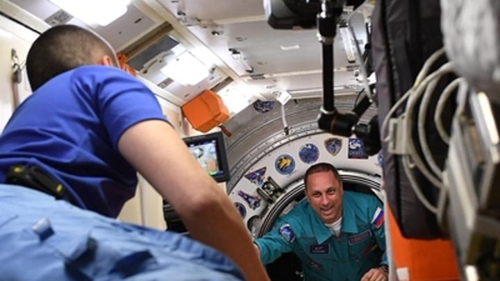 Американцы повторили трюк русских с отправкой в космос киноактера