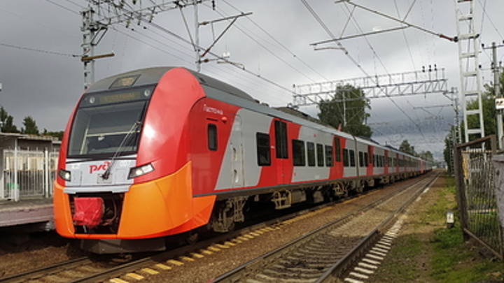 В московском метрополитене появился «космический поезд»