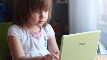 На наших детях тестируют новое информационное оружие