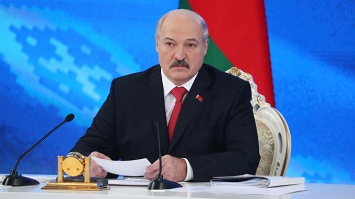 Нужна многовекторная политика, но пока не выходит - Лукашенко