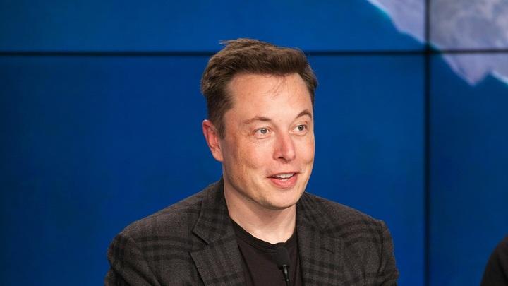 Спасибо, сэр, ха-ха: Илон Маск по-русски поговорил с Рогозиным