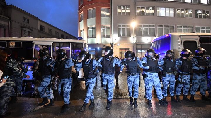 В Москве вспыхнул стихийный митинг в поддержку соперницы Лукашенко