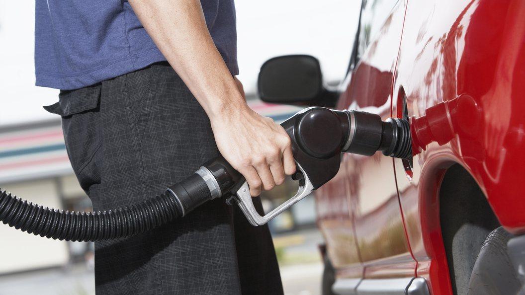 Цены на топливо в России выросли за неделю
