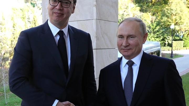 Президент Сербии попросил о помощи Россию. Путин пообещал
