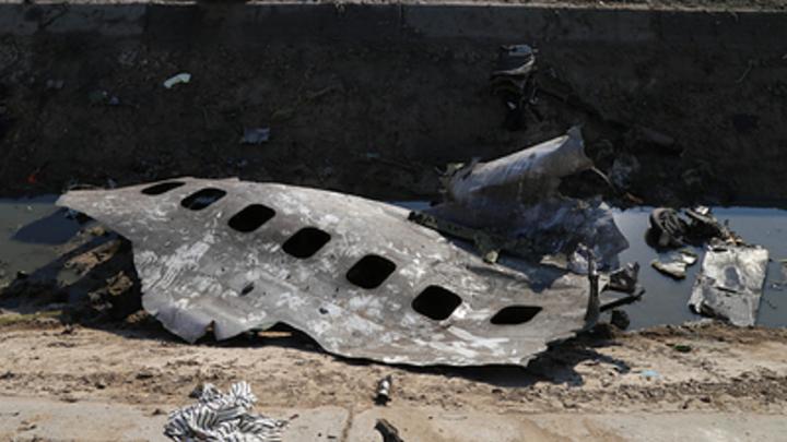 Это же странно: Крушение украинского лайнера вызвало у лётчика-испытателя только один вопрос
