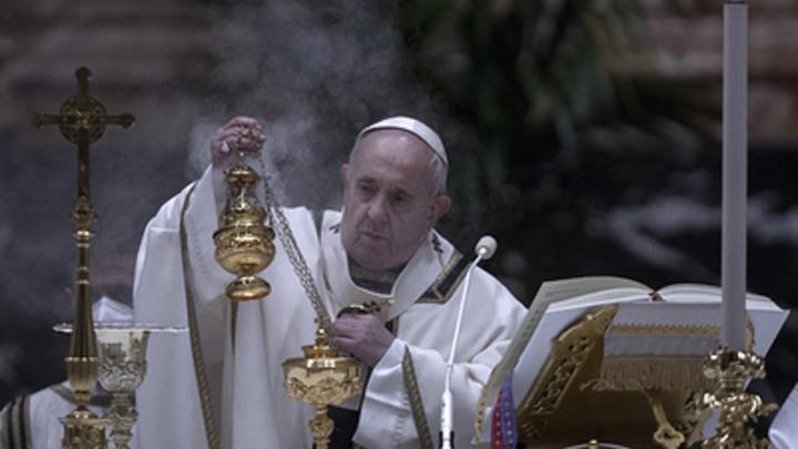 Папа Франциск оказался на распутье: Ватикан отказал однополым бракам в благословении