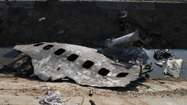 Не ракета, а пожар: Опубликовано новое видео крушения Boeing из Ирана