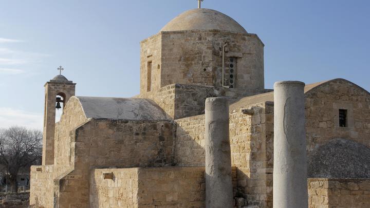 Политики не должны влезать в дела Церкви на Украине - Кипрская Церковь