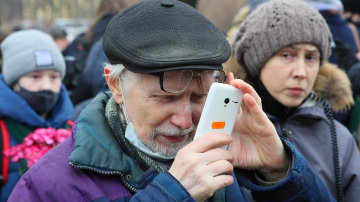 Человек начинает волноваться: Россию накрыла волна звонков лжесиловиков