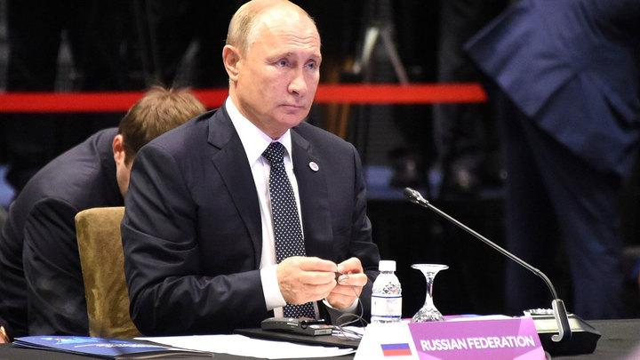 Железные нервы: Необычный день Владимира Путина на саммите в Сингапуре
