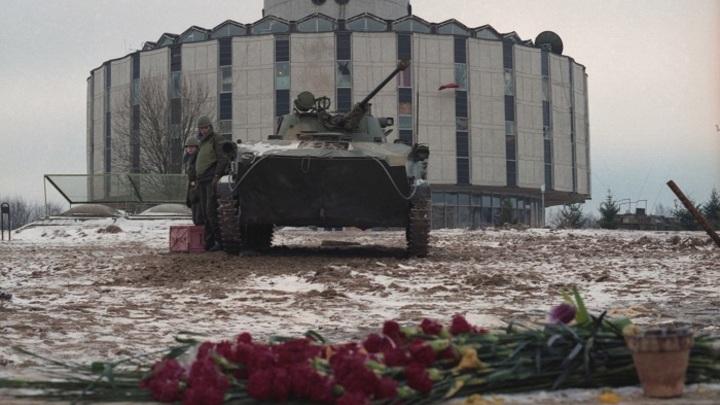 История первой «цветной революции» в СССР