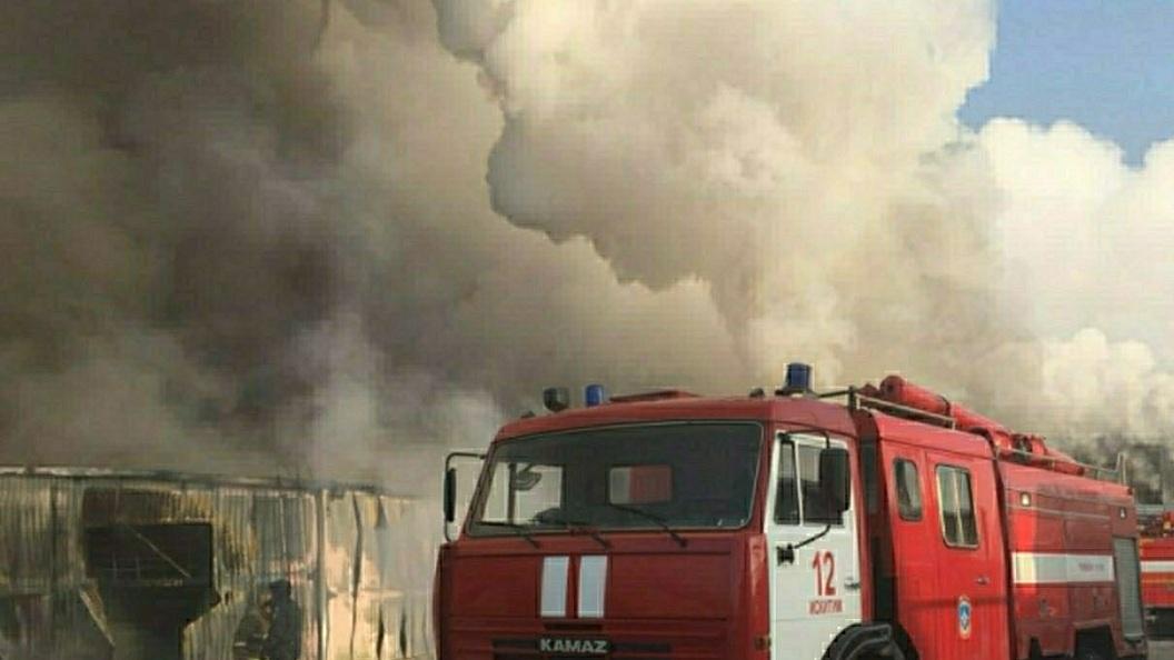 Пожарные потушили возгорание наподмосковном литейно-механическом заводе